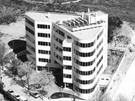 Edifici d'oficines - C/Amposta - C/Pau Vilà - Sant Cugat del Vallès